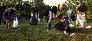 community service, cleanup, picking up trash